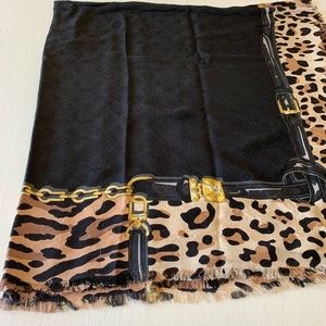 Large coverup Louis Vuitton scarf Shaw wrap